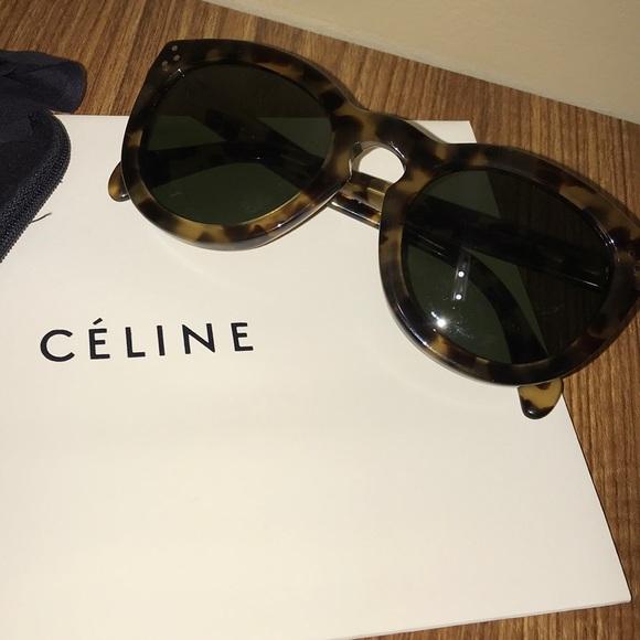 fd70ef0a7c9c Celine Accessories -  MINT  Authentic Céline Tortoise Sunglasses